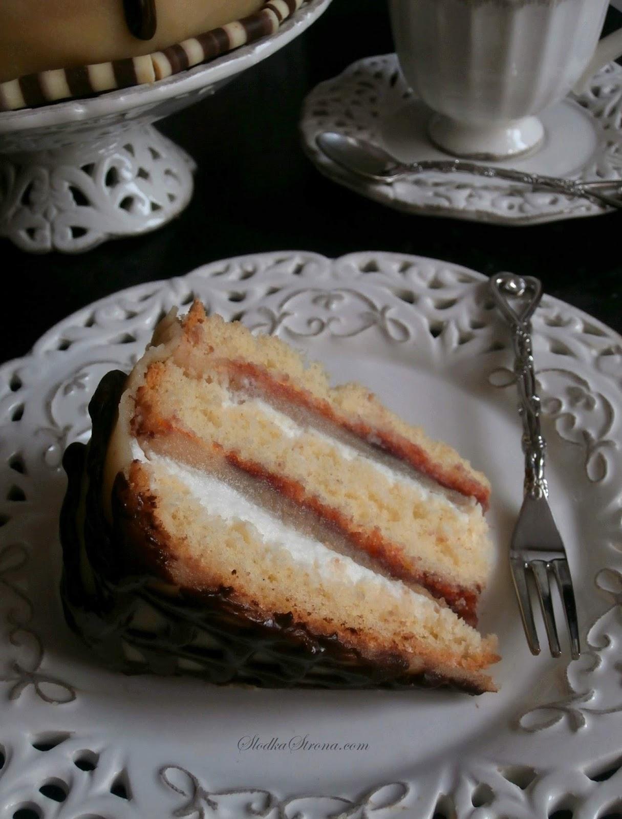 Tort Marcepanowy z Konfiturą z Róży, Masą Śmietanową oraz Polewą Czekoladową - Przepis - Słodka Strona