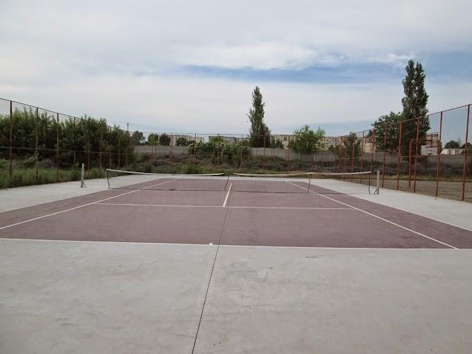 """Teren de tenis, Liceul """"Independenţa"""" Calafat"""