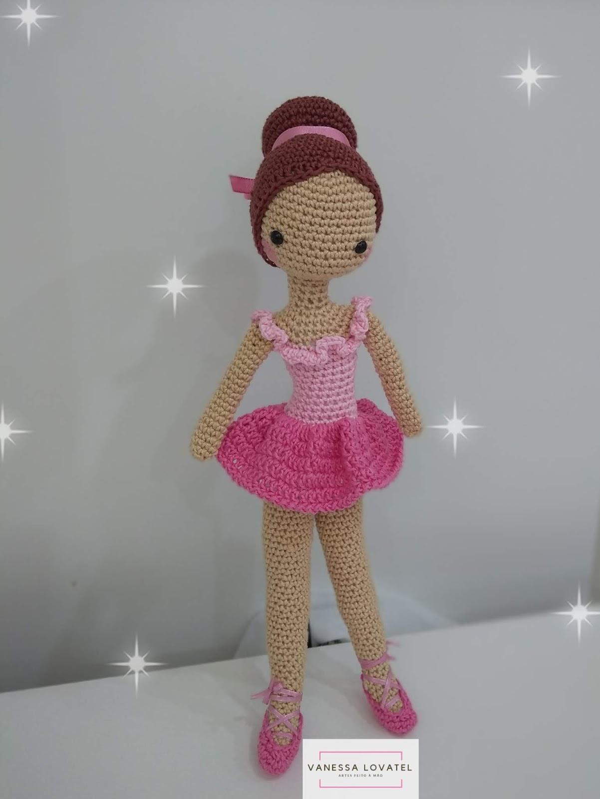 Boneca de bailarina Amigurumi - Padrão de crochê grátis por ...   1600x1202