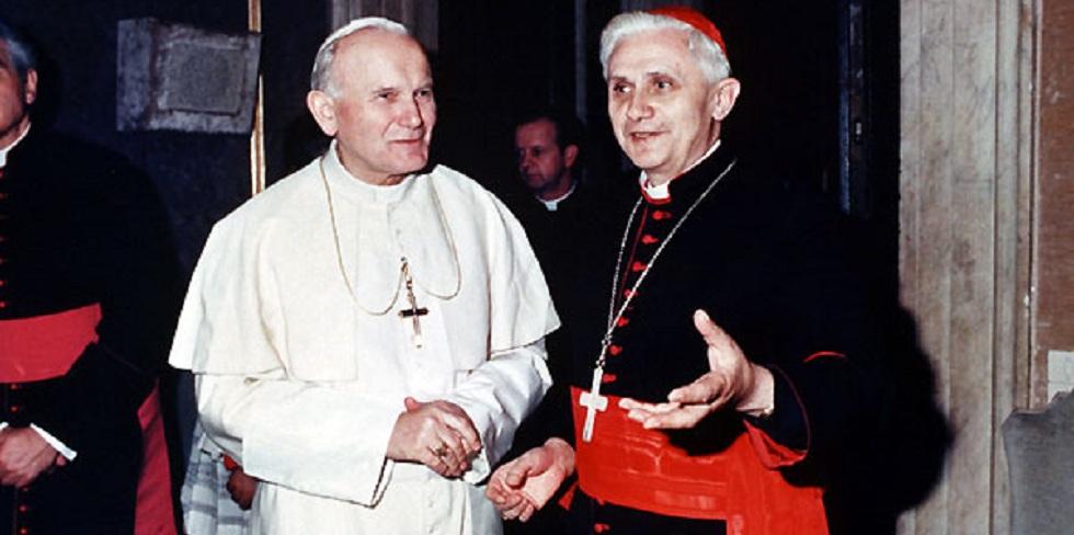 El Papa Juan Pablo II y el cardenal Ratzinger