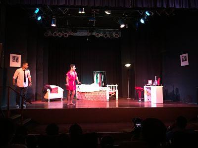 Teatro Auditorio Miraflores Lima Perú. Se murió parado.