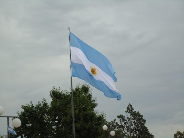 bandera Argentina en Alpachiri