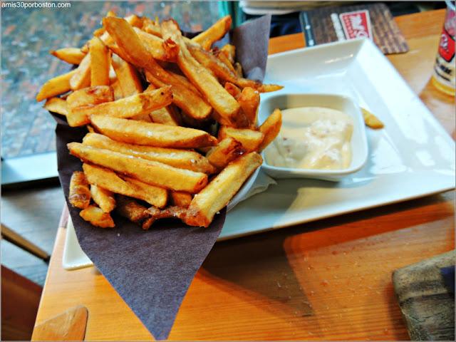 Mill St. Brewery: Patatas Fritas