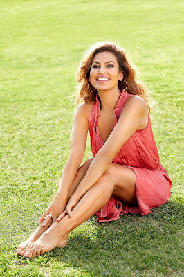 Eva Mendes sebagai Monica Fuentes (The Fast and The Furious) betis mulus
