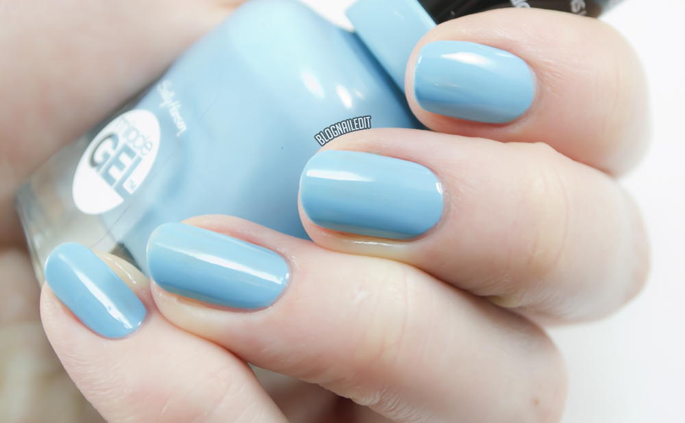 Sally Hansen Miracle Gel - Digital Overload Review