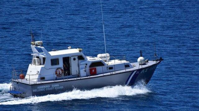 Ακυβέρνητο σκάφος στην Ερμιόνη Αργολίδας