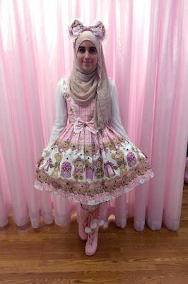 Cewek Hijab Pakai Dress Lolita 8 ways