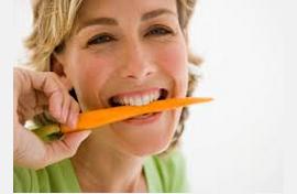 ¿La zanahoria mejora la visión nocturna?