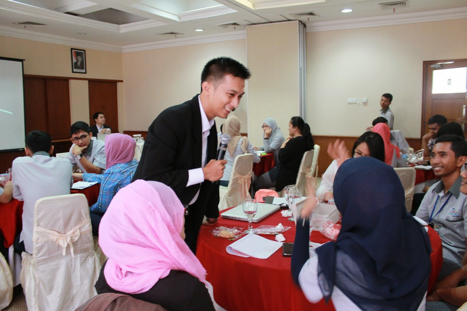 edvan m kautsar, edvan muhammad kautsar, motivator indonesia, Motivator Muda, motivator nasional, motivator terbaik, motivator wirausaha, training motivasi, motivator perusahaan, motivator karyawan