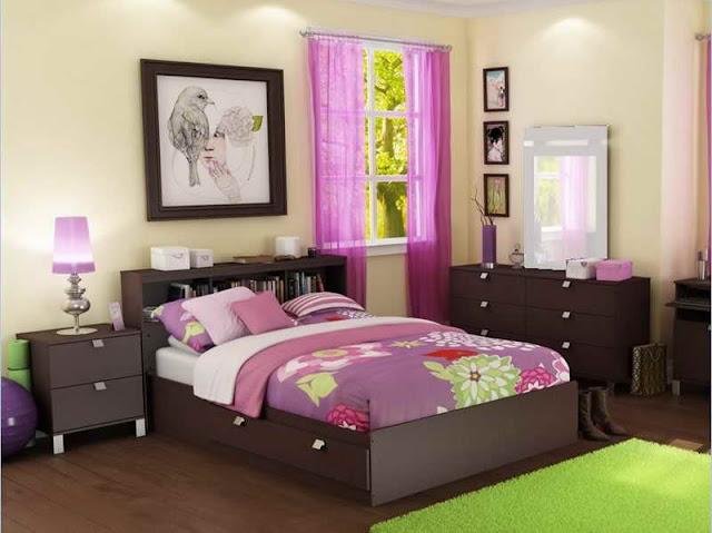 Kamar Tidur Sederhana Warna Warni