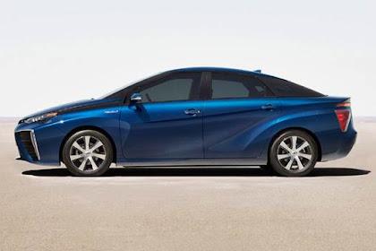Toyota Mirai Range 2017