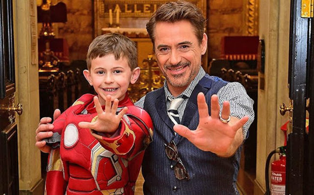Iron Man visita hospital antes del estreno de la película