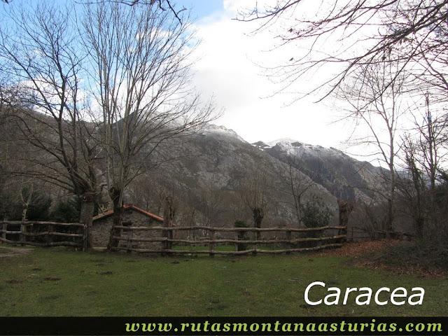 Cabaña en Caracea