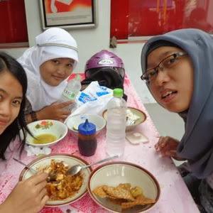 Ngebolang Semarang #2 : Soto Surabaya