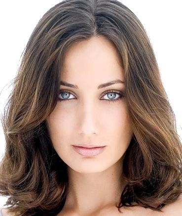 Foto de la bella cara de Karla Monroig