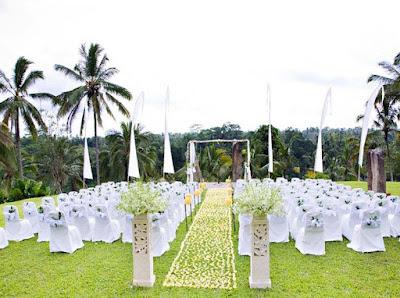 dekorasi pernikahan outdoor terbaru