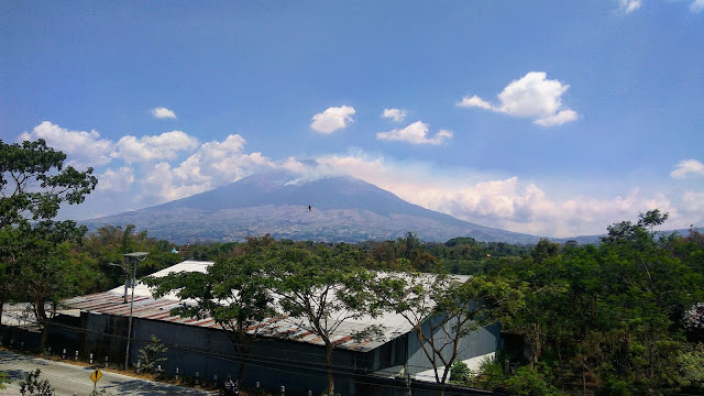 kebakaran gunung Sindoro Sumbing