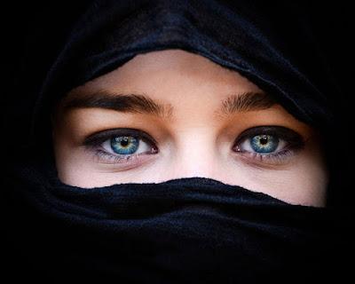 Inilah 3 Srikandi Islam Yang Berpegang Kepada Janji Allah Untuk Dicontohi Oleh Kita Umat Akhir Zaman...