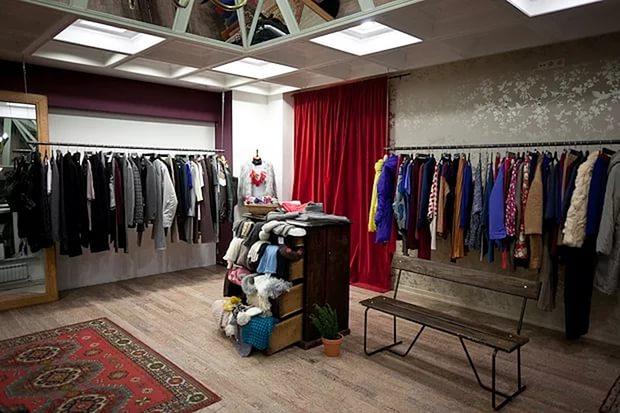 Thiết kế shop thời trang nhỏ đẹp - Mẫu số 9
