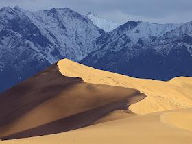 gurun pasir gunung salju apakabardunia Gurun Pasir Dikepung Pegunungan Salju