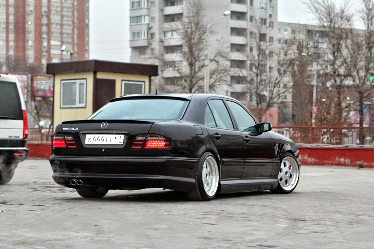 mercedes benz w210 with mae wheels benztuning. Black Bedroom Furniture Sets. Home Design Ideas