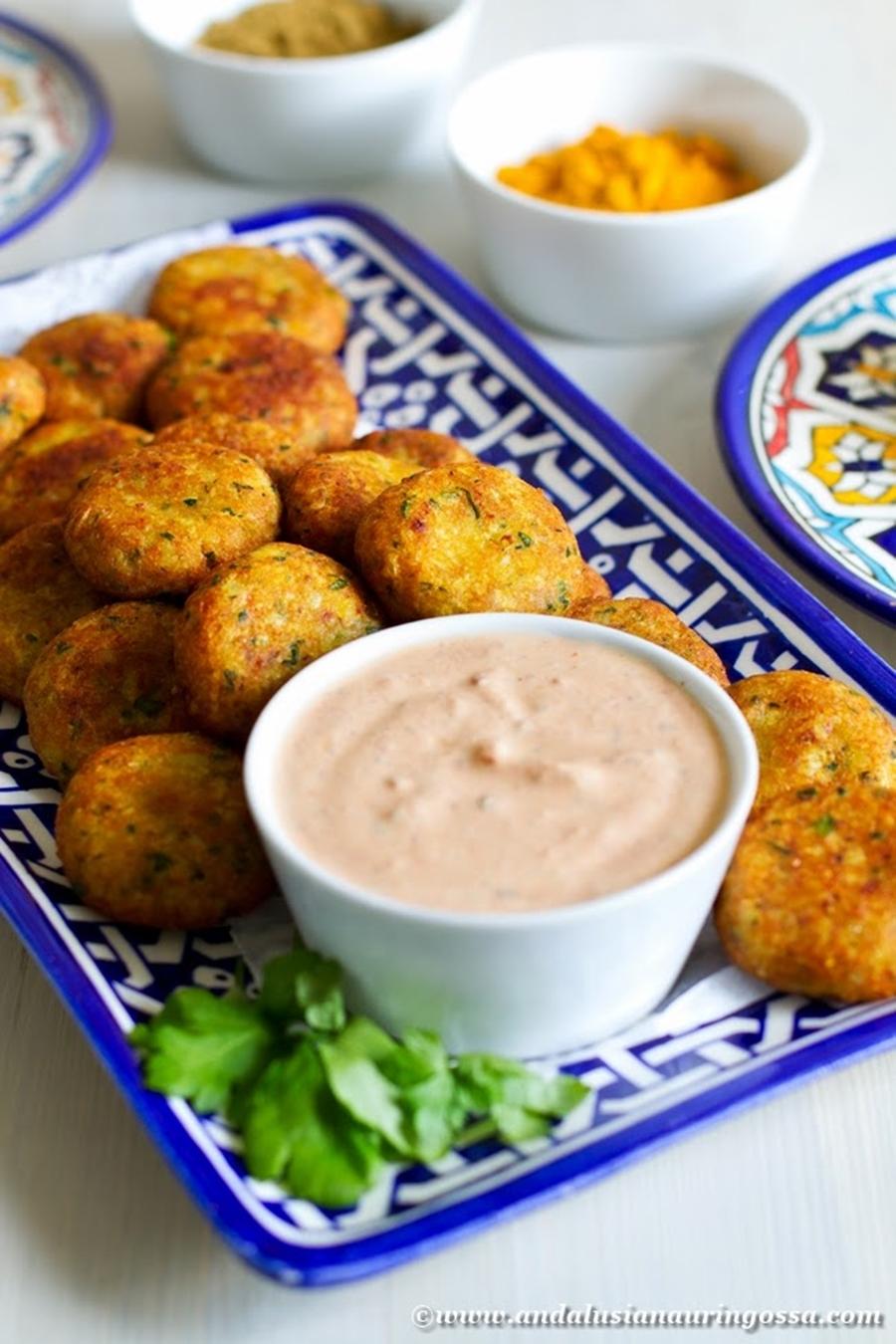 Andalusian auringossa_perunareseptejä ympäri maailman_tunisialainen kalakefta_gluteeniton_kosher