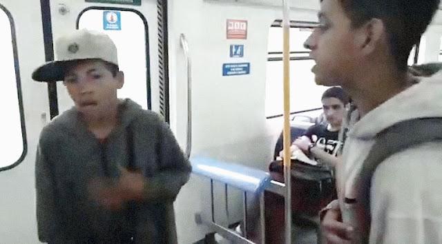 El rap de los pibes en el tren: