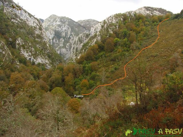Vista del Puente de Pelabarda desde el Bosque de Pome
