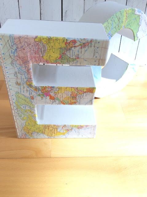 letras-de-cartón-con-mapas