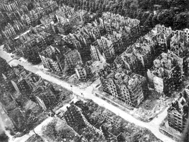 Hamburg ruins after Allied bombings