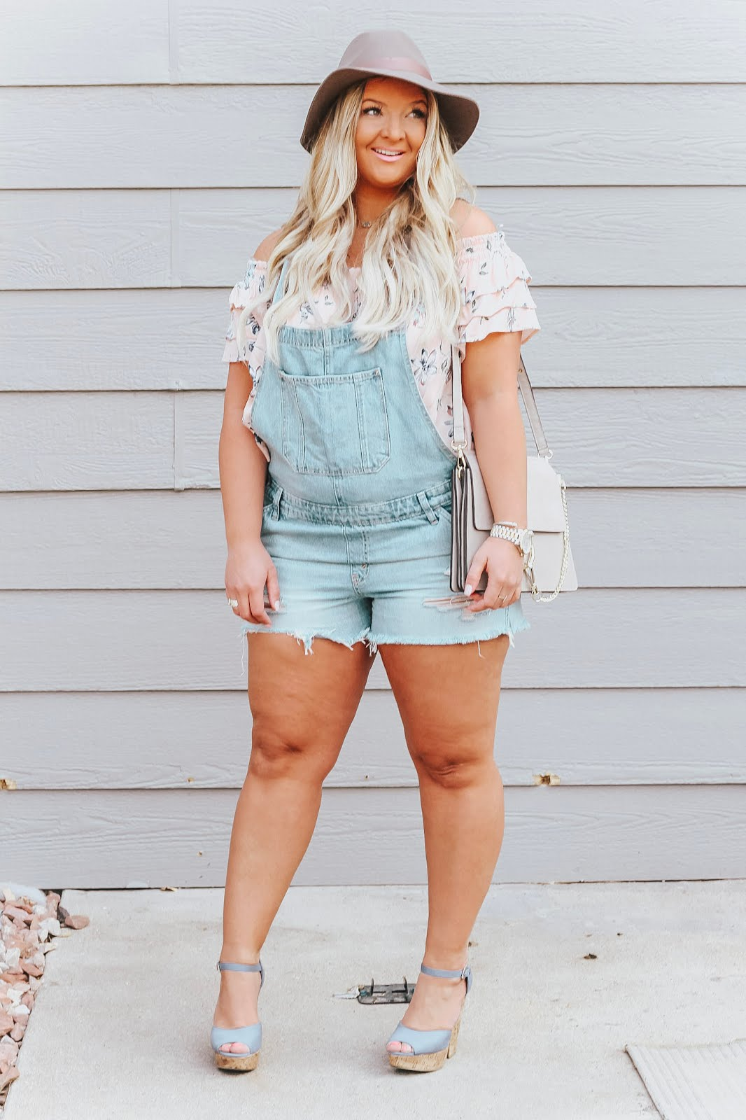 Shortalls featured by popular Colorado fashion blogger, Delayne Denaye
