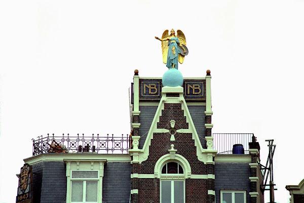 Amsterdam, Canal Singel, ange, © L. Gigout, 1990