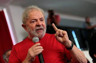 Por 3 votos a 0, TRF-4 condena Lula