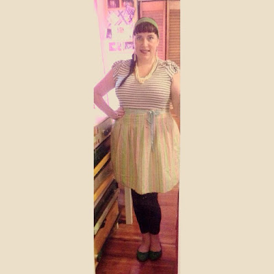 Mixed Print Striped Top and Striped Skirt Plus Size Outfit for Work in Pin Up Style