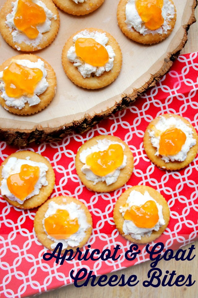 Make this super easy, vegetarian, 3 ingredient appetizer for your next summer party: Apricot & Goat Cheese bites!  #StackItUp #ad