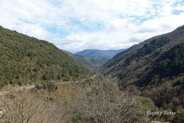 Carretera al Monasterio de Valvanera, La Rioja