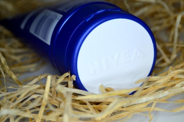 krem oczyszczający Nivea Cream Care