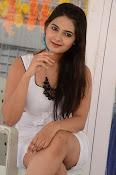 neha deshpande new glam pics-thumbnail-10