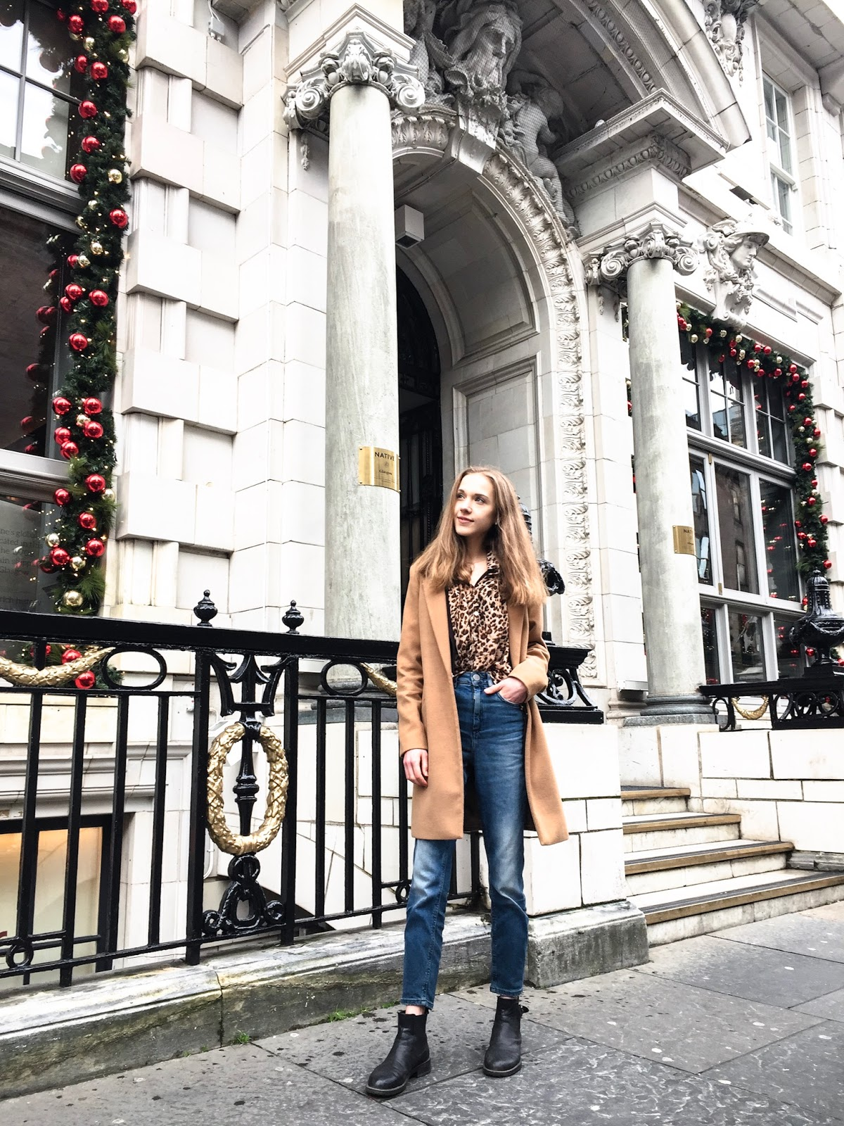 fashion-blogger-outfit-camel-coat-leopard-print-shirt-mom-jeans