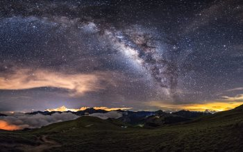 Wallpaper: Milky Way on the night sky