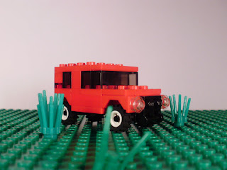MOC LEGO Micro Todo-o-terreno vermelho