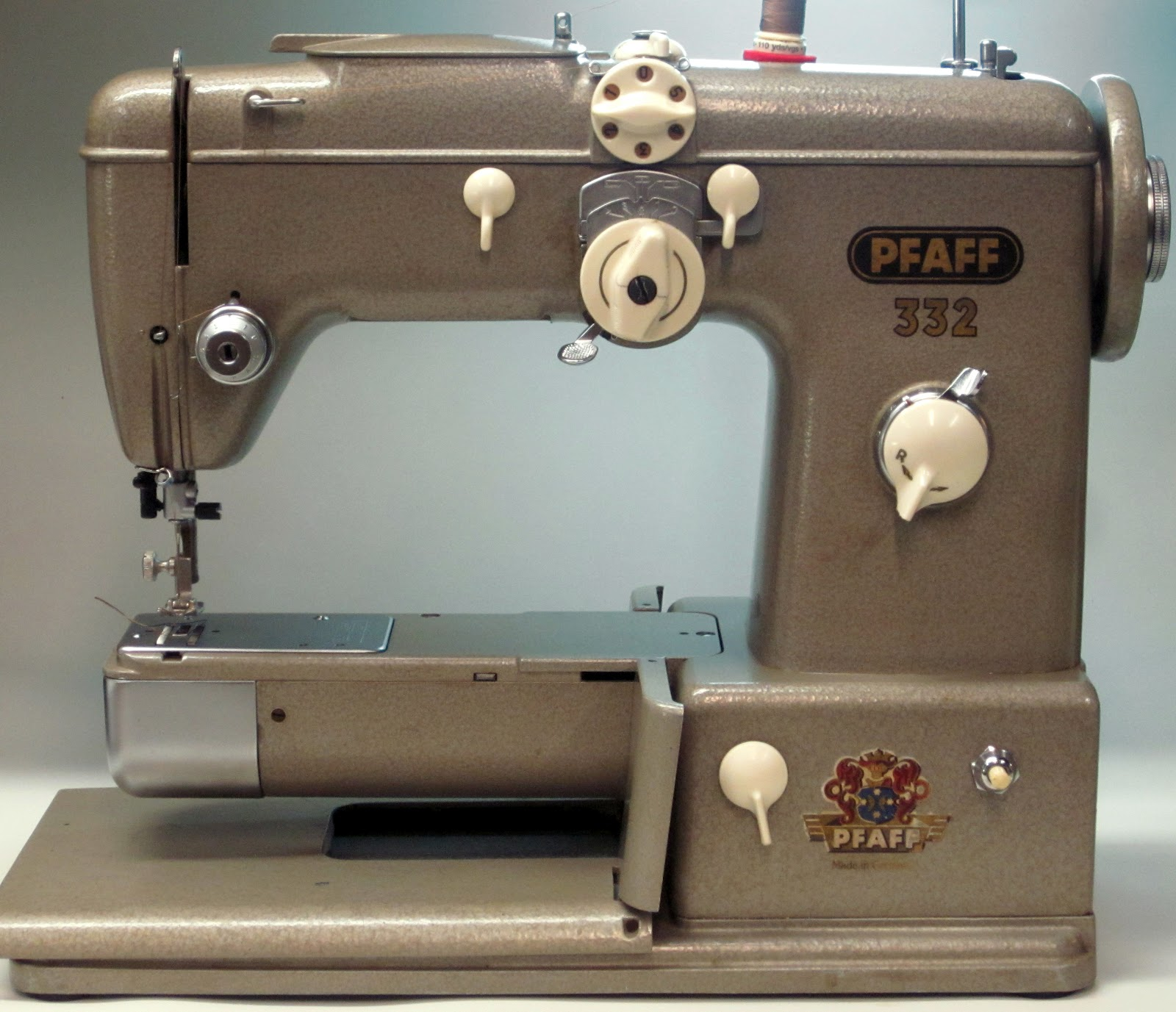 Mi Vintage Sewing Machines Pfaff 332 1957