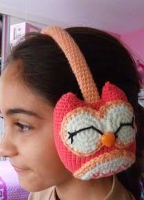 http://amigurumilacion.blogspot.com.es/2015/01/orejeras-crochet-patron-libre.html