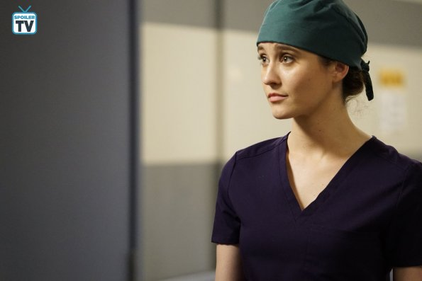 """NUP 185448 0286 595 Spoiler%2BTV%2BTransparent - Chicago Med (S04E13) """"Ghosts In the Attic"""" Episode Preview"""