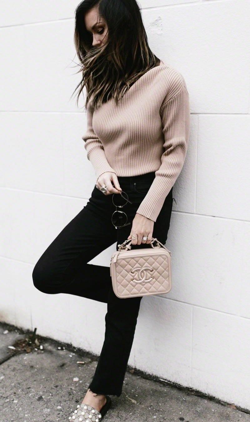 ootd | blush sweater + nude bag + flip-flop + black skinnies