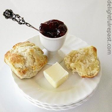 homemade freezer biscuits / www.delightfulrepast.com