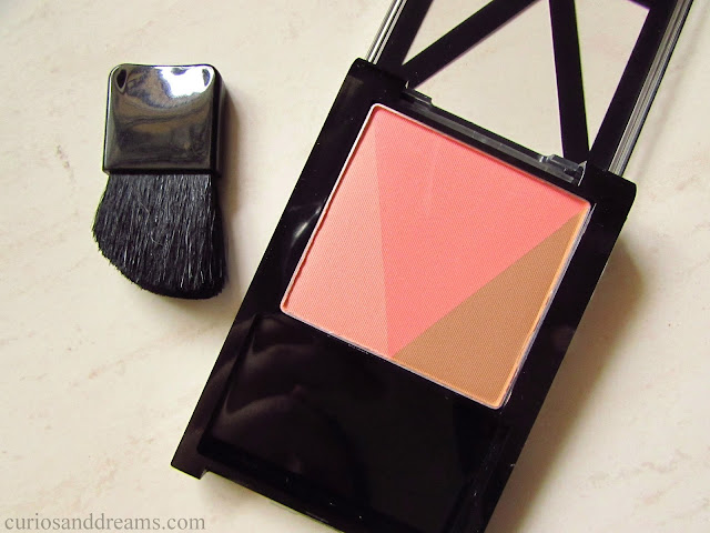 Maybelline V-FACE Blush Contour review