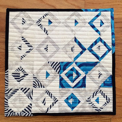 Mini Log Cabin quilt made by Evie Landry - Inspired by Luna Lovequilt