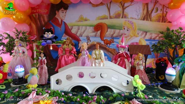 Decoração de aniversário infantil A Bela Adormecida - Aurora - Mesa temática de festa