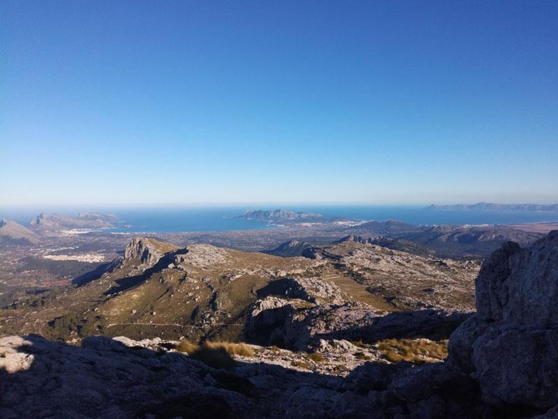 Vista sulla Baia di Pollenca e la Baia di Alcudia